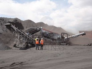 Portable Crusher used in concrete crushing