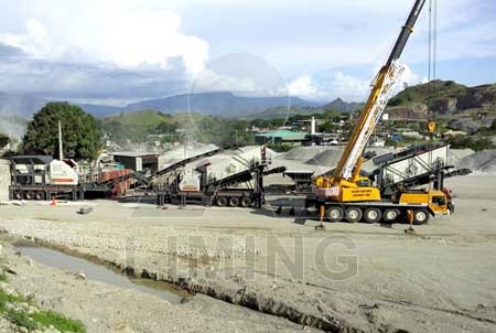 Mobile crusher machine for gold ore extraction in mining