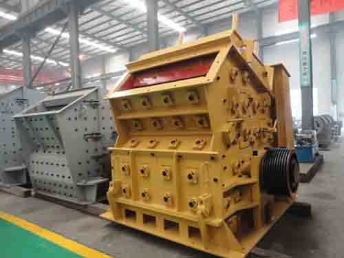 crushing and pulverizer machine for road construction