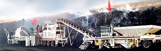 Mobile coal crusher in large open pit coal mining exploration