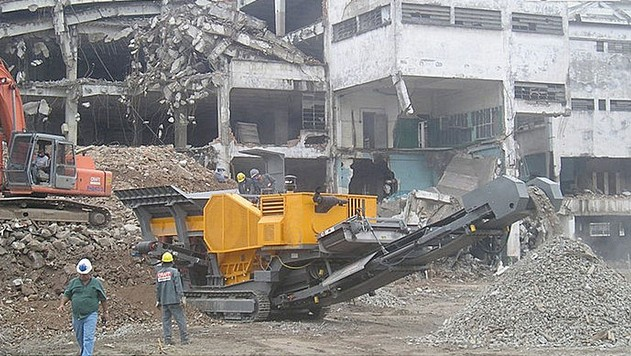 demolition waste recycling crusher supplier in Singapore